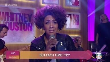 Elesha Paul Moses homenageia Whitney Houston - Britânica está no Brasil para show em homenagem à cantora