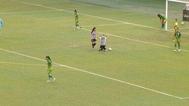 Ketlen recebe cruzamento quase em cima da linha e empurra para o gol vazio - Iranduba 0 x 5 Santos