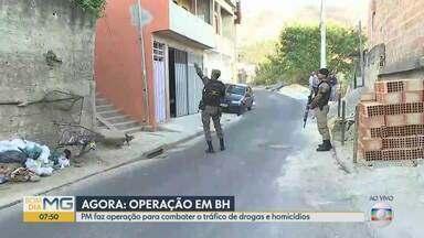 PM cumpre mandados de busca, apreensão e prisão contra tráfico de drogas em BH - A operação Êxodo é realizada no conjunto de favelas da Serra, no Morro do Papagaio, Morro das Pedras, no Alto Vera Cruz e Taquaril.
