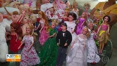 Voluntárias recuperam bonecas quebradas para crianças internadas no Imip - Brinquedos ficam novos para que possam ser recebidos pelos pequenos no Natal.