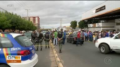Três homicídios são registrados em menos de 12 horas em Petrolina - Um deles aconteceu no bairro Palhinhas.