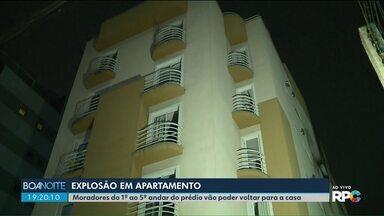 Moradores do 1º ao 5º andar vão poder voltar a prédio onde houve explosão em apartamento - A explosão foi no dia 29 de junho. Três pessoas ficaram feridas e um menino de 11 anos morreu.