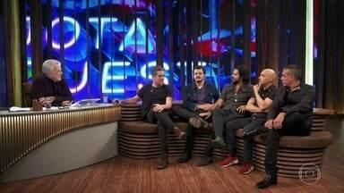 Músicos do Jota Quest relembram primeira apresentação na TV - Eles também relembram quando a banda começou a fazer sucesso