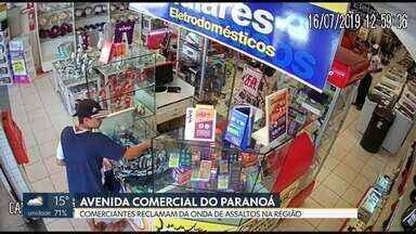 Comerciantes reclamam de assaltos no Paranoá - Segundo eles, os alvos dos bandidos são as lojas de celulares da avenida comercial.
