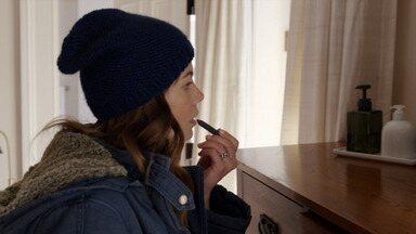 Invadindo - Quando a família de Ashley é despejada, Hawk os ajuda. Diante do seu relacionamento e seu filho, Sarah faz uma missão pessoal.
