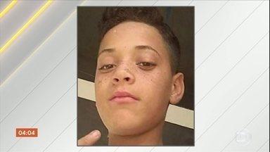 Corpo de menino de 13 anos desaparecido na Grande São Paulo é encontrado próximo a Itapevi - O acusado pelo crime se entregou na cidade de Registro, em São Paulo.
