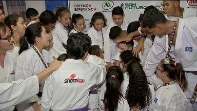 Os atletas da Shotokan voltaram do Campeonato Nacional, em João Pessoa, com as malas cheia - Os atletas da Shotokan voltaram do Campeonato Nacional, em João Pessoa, com as malas cheias de medalhas.