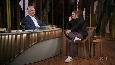 """Porchat revela """"pesadelos"""" que podem acontecer em um talk-show - Humorista revela algumas situações inusitadas que já passou com entrevistados"""