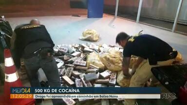 Quase 500 quilos de cocaína são apreendidos em caminhão, em Balsa Nova - Um homem foi preso.