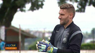 Goleiro Simão deixa o Operário-PR para jogar em Portugal - Partida de sexta-feira (26) deve ser a última do goleiro pela equipe.
