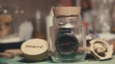 Relógios de madeira aliam inovação e sustentabilidade - João Victor e Pedro Leonardo gravaram um vídeo de seus trabalhos para o quadro Nós.Doc.