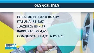 Preço da gasolina volta a disparar em Salvador; em apenas um dia aumentou setenta centavos - O cobustível custava menos de R$ 4 até quarta-feira (24).