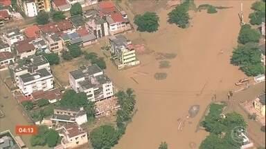 População do Grande Recife enfrenta alagamentos após temporal que causou 12 mortes - Mais de mil pessoas estão desabrigadas.