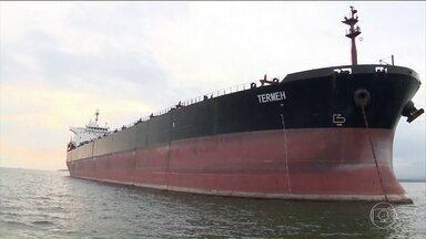 Navios do Irã parados no Brasil começam a ser abastecidos por determinação do STF - Os dois navios estão parados em Paranaguá, no Paraná, há quase 50 dias. O impasse surgiu por causa de uma disputa entre os Estados Unidos e o Irã.