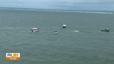 Duas turistas morrem em acidente com catamarã; Capitania dos Portos investiga naufrágio - Embarcação naufragou em Maragogi no último sábado.