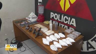 PM apreende 5 kg de cocaína após abordar carro de luxo em BH - Homem tinha várias casas e duas mulheres; policiais também apreenderam armas.