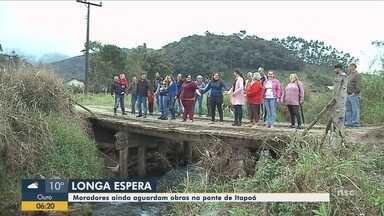 #Oremos: Moradores aguardam obras em ponte de Itapoá - #Oremos: Moradores aguardam obras em ponte de Itapoá