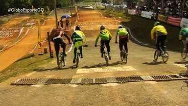 Aparecida de Goiânia recebe etapa do Brasileiro de bicicross - Atletas agitaram a cidade no último fim de semana