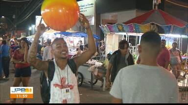 Festa das Neves abre possibilidades de renda extra em João Pessoa - Conheça vendedores que trabalham durante Festa das Neves.