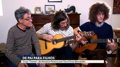 """De pai para filhos - Ouça a íntegra de """"Trovoa"""", de Maurício Pereira; é a primeira vez que ele e os filhos, Tim e Chico Bernardes, tocam essa música juntos como profissionais"""