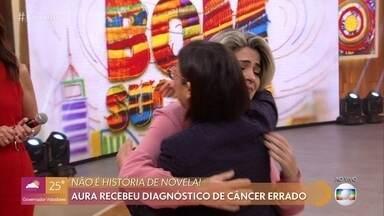 Aura conhece pessoalmente médica que revelou exames trocados - Enfermeira de Goiás fala da emoção ao ouvir da médica que não estava doente