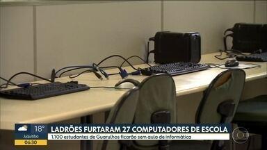 Ladrões furtam 27 computadores de uma escola estadual de Guarulhos - Ação foi registrada pelas câmeras de segurança da escola. Todas as máquinas, que eram usadas pelos estudantes nas aulas de informática, foram levadas pelos criminosos.