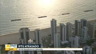 Jaboatão deixa de arrecadar metade do valor do IPTU por causa de inadimplentes - Cidade faz mutirão para ajudar quem quer quitar as dívidas.