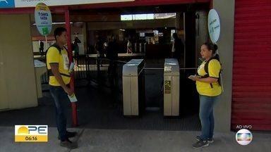 TI Santa Luzia, no Recife, deixa de receber pagamento de passagens em dinheiro - Passageiros terão que usar o Vale Eletrônico Metropolitano (VEM).