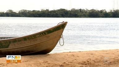 Falta de chuva reflete no nível da água do Rio Paraná - Quem depende da pesca está 'desesperado'.