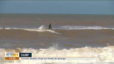 Competição de surf movimentou Pontal do Ipiranga no fim de semana - Pontal fica no litoral de Linhares.