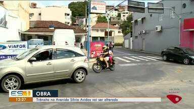 Trânsito na Avenida Sílvio Avidos, em Colatina, será alterado para obras - Trânsito na Avenida Sílvio Avidos, em Colatina, será alterado para obras.