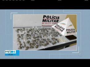 Polícia prende dupla com 120 buchas de maconha em Valadares - Também foram apreendidas 20 pedras de crack; um terceiro suspeito foi identificado pelos policiais, mas fugiu do local.