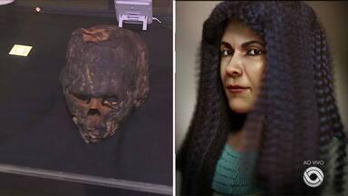 Pesquisadores fazem reconstituição de rosto com crânio de múmia encontrada no RS - Unindo pesquisa e tecnologia, pesquisadores da PUCRS chegaram ao rosto de Iret-Neferet.