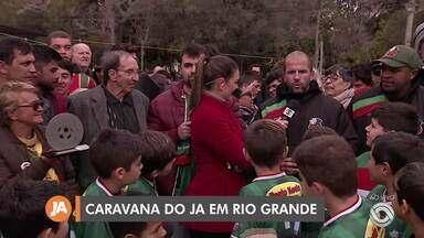 Caravana do Jornal do Almoço desembarca em Rio Grande - Próxima parada é em Pelotas.