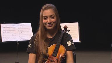 Jovens músicos ganham oportunidade de melhorar a performance - Eles fazem parte da Academia Orquestra Ouro Preto.