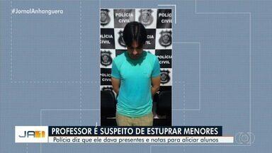 Professor é preso suspeito de oferecer dinheiro para manter relação sexual com menores - Ele foi detido em Piracanjuba suspeito de abuso em Pernambuco. Em 2014, ele foi preso pelo mesmo crime e respondia em liberdade.