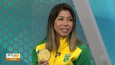 Carateca fala sobre a conquista do ouro no Pan-Americano - Confira o que é destaque no esporte.