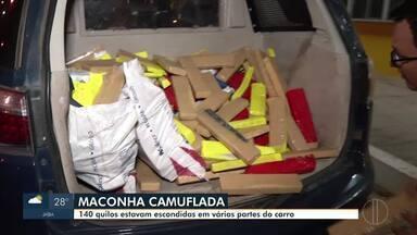 PRF apreende 140 quilos de maconha em Montes Claros - Droga estava escondida em vários compartimentos de um carro que foi abordado durante uma fiscalização na BR-365; motorista foi preso em flagrante.