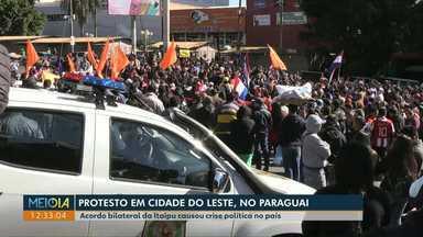 Protesto no Paraguai: Manifestantes cobram julgamento do presidente Mário Abdo Benítez - Acordo bilateral da Itaipu causou crise política no país.