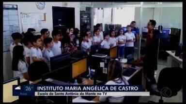 Alunos de Santo Antônio do Monte visitam a TV Integração - Estudantes do Instituto Maria Angélica de Castro (IMAC) conheceram os bastidores da emissora.