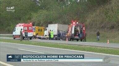 Motociclista morre em colisão com caminhão na rodovia que liga Piracicaba a Limeira - Veículo de empresa que faz coleta de lixo estava parado no acostamento quando o motociclista se chocou contra a traseira. Águia foi acionado para prestar socorro, mas vítima não resistiu.