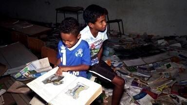 Crianças e adolescentes sofrem com abandono de escolas - Profissão Repórter foi até ao Amazonas, Mato Grosso e Rondônia e viu um completo abandono do poder público em relação à educação nos Estados.
