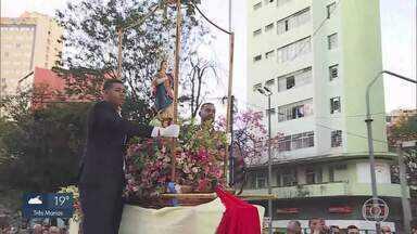 Procissão e missas celebram Assunção de Nossa Senhora em BH - Santa é padroeira da cidade
