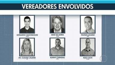 Vereadores acusados de corrupção voltam à Câmara Municipal de Teresópolis - Assista a seguir.