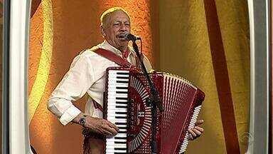 Memórias: relembre participação de Adelar Bertussi no Galpão Crioulo em 2007 - Assista ao vídeo.
