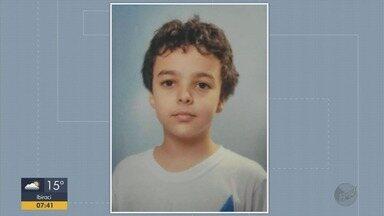 Menino de 12 anos atingido por trave de gol durante aula morre em Varginha, MG - Menino de 12 anos atingido por trave de gol durante aula morre em Varginha, MG