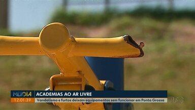 Vandalismo e furtos deixam equipamentos sem funcionar em Ponta Grossa - Secretaria de Serviços Públicos estima gasto de R$ 5 mil com consertos no mês.
