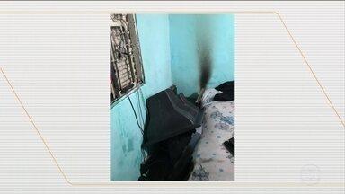 Homem tenta matar ex-companheira incendiando casa, em Minas Gerais - Essa não foi a primeira vez que o homem tentou matar a ex-mulher.