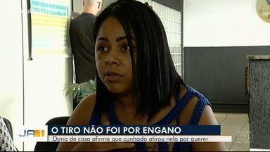 Mulher que foi baleada pelo ex-cunhado recebe alta e presta depoimento em Montividiu - Ela foi ouvida pela polícia sobre o caso.