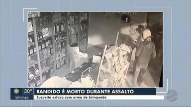 Imagens mostram roubo que terminou com a morte de assaltante - Imagens mostram roubo que terminou com a morte de assaltante